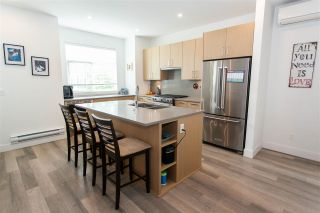 """Photo 6: 26 2427 164 Street in Surrey: Grandview Surrey Townhouse for sale in """"THE SMITH"""" (South Surrey White Rock)  : MLS®# R2530372"""