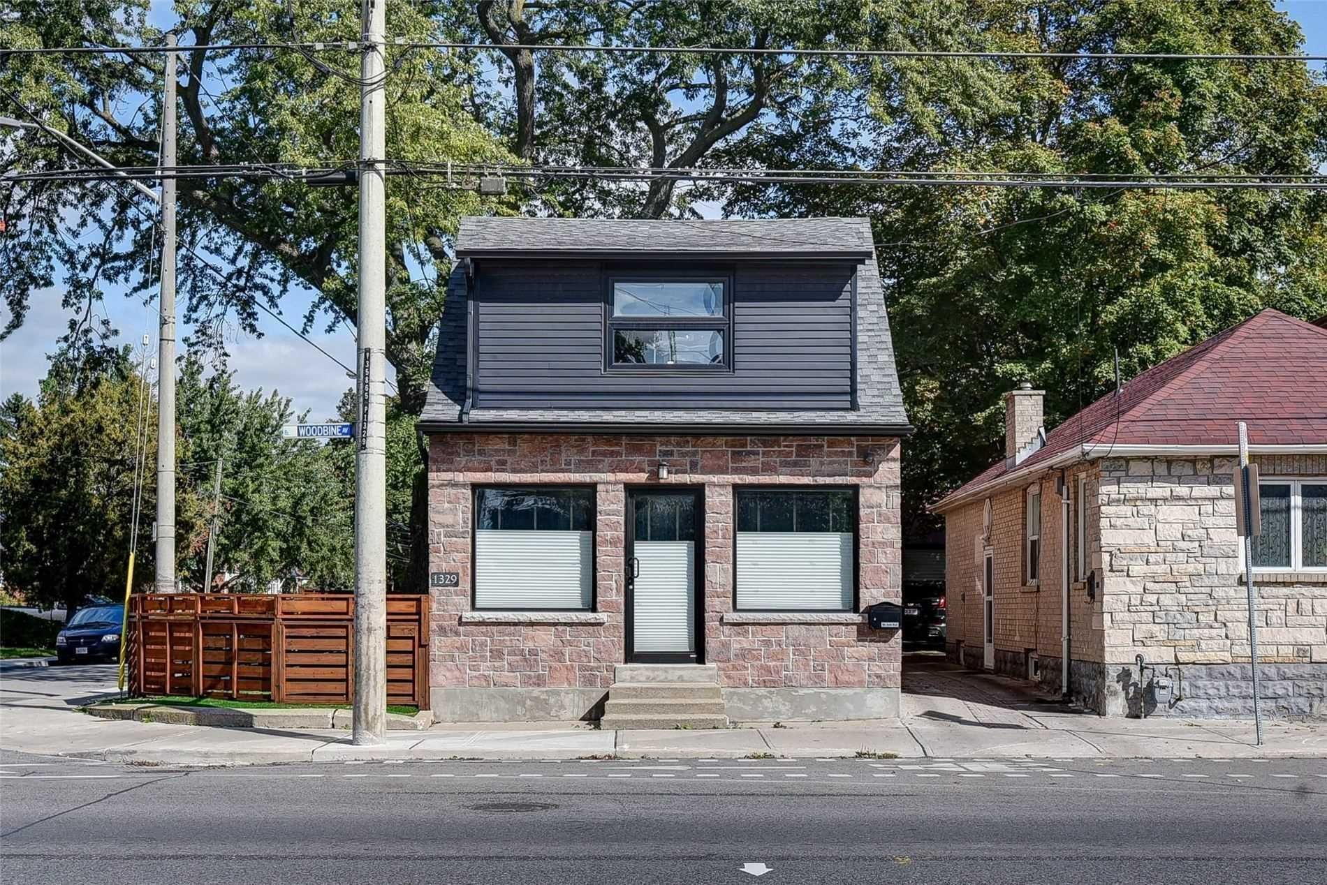 Main Photo: Bsmt 1329 Woodbine Avenue in Toronto: Danforth Village-East York House (2-Storey) for lease (Toronto E03)  : MLS®# E4654592