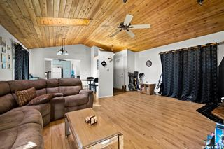 Photo 6: 209 2ND Avenue in Davin: Residential for sale : MLS®# SK870199