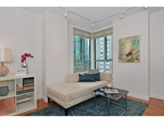 "Photo 10: 302 789 JERVIS Street in Vancouver: West End VW Condo for sale in ""Jervis Court"" (Vancouver West)  : MLS®# R2574360"