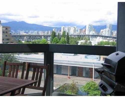 Main Photo: 302 1345 4TH Ave in Vancouver West: False Creek Residential for sale ()  : MLS®# V690823