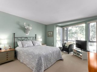 """Photo 16: 203 618 W 45TH Avenue in Vancouver: Oakridge VW Townhouse for sale in """"THE CONSERVATORY"""" (Vancouver West)  : MLS®# R2537685"""