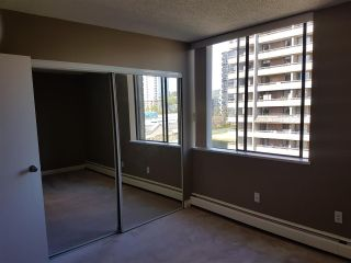 """Photo 12: 802 3771 BARTLETT Court in Burnaby: Sullivan Heights Condo for sale in """"Timberlea Towers"""" (Burnaby North)  : MLS®# R2562179"""