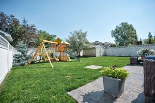 Photo 46: 91 Douglas Woods Hill SE in Calgary: Douglasdale/Glen Detached for sale : MLS®# A1017317