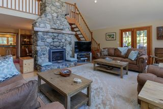 Photo 6: 3775 Mountain Rd in : ML Cobble Hill House for sale (Malahat & Area)  : MLS®# 886261