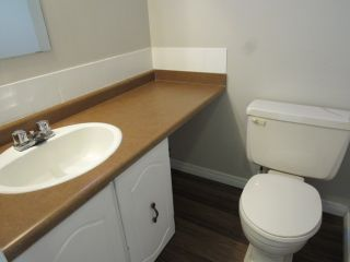 Photo 11: 9201 Morinville Drive in Morinville: Townhouse for rent