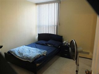 Photo 5: 903 5 Vicora Linkway in Toronto: Flemingdon Park Condo for sale (Toronto C11)  : MLS®# C3224137