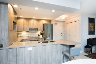 """Photo 3: 213 1688 ROBSON Street in Vancouver: West End VW Condo for sale in """"Pacific Robson Palais"""" (Vancouver West)  : MLS®# R2590281"""