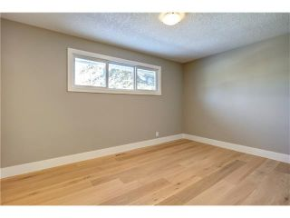 Photo 25: 179 WINDERMERE Road SW in Calgary: Wildwood House for sale : MLS®# C4103216