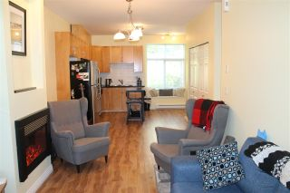 "Photo 1: 122 7333 16TH Avenue in Burnaby: Edmonds BE Townhouse for sale in ""SOUTHGATE"" (Burnaby East)  : MLS®# R2202117"