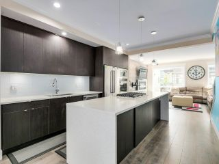 """Photo 6: 116 16488 64 Avenue in Surrey: Cloverdale BC Townhouse for sale in """"HARVEST AT BOSE FARMS"""" (Cloverdale)  : MLS®# R2601815"""