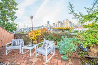 "Photo 12: 1006 IRONWORK PASSAGE in Vancouver: False Creek Townhouse for sale in ""Marine Mews"" (Vancouver West)  : MLS®# R2420267"