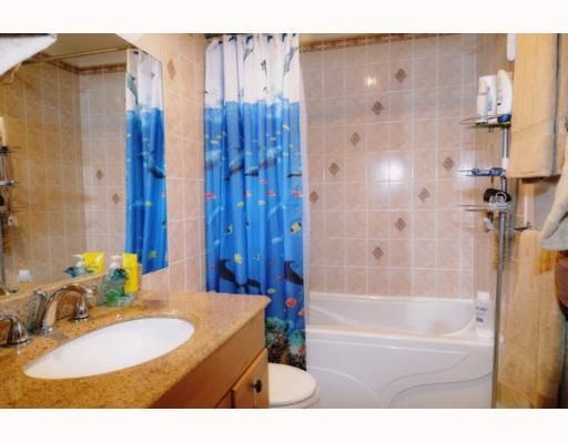 Photo 7: Photos: 146 511 GATENSBURY Street in Coquitlam: Central Coquitlam Townhouse for sale : MLS®# V809458