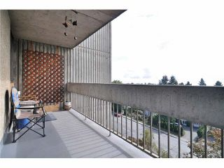 """Photo 8: 704 4105 IMPERIAL Street in Burnaby: Metrotown Condo for sale in """"SOMERSET HOUSE"""" (Burnaby South)  : MLS®# V1087895"""