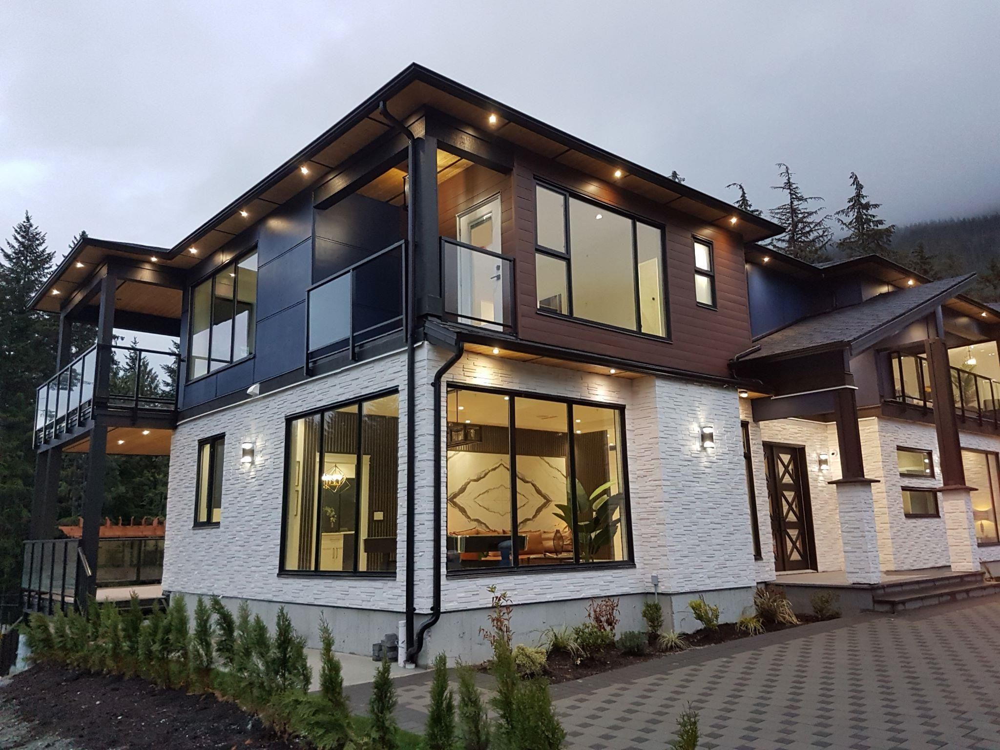 """Main Photo: 9055 ARMCHAIR Place in Whistler: WedgeWoods House for sale in """"Wedgewoods"""" : MLS®# R2621721"""