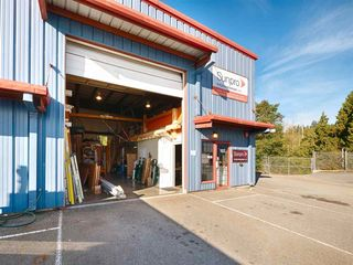 Photo 4: 103 1873 COSYAN Place in Sechelt: Sechelt District Industrial for sale (Sunshine Coast)  : MLS®# C8028321