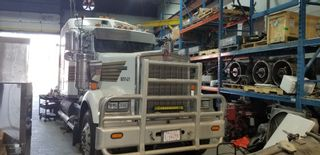 Photo 3: Truck and Trailer Repair Facility For Lease In Surrey