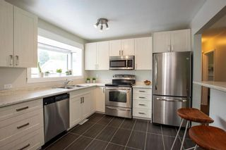 Photo 8: 918 Lindsay Street in Winnipeg: River Heights South Residential for sale (1D)  : MLS®# 202013070