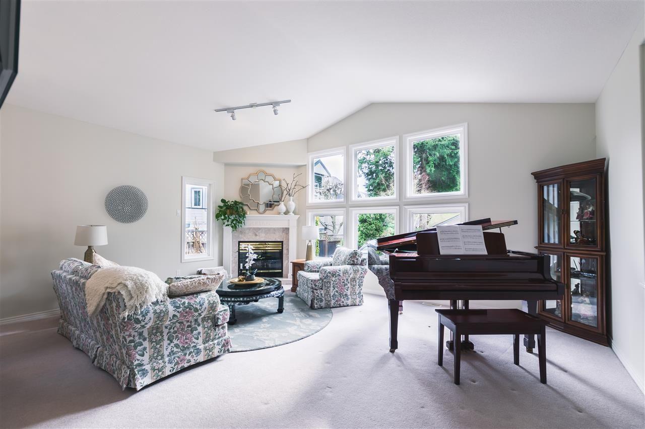 "Main Photo: 13 13911 16 Avenue in Surrey: Sunnyside Park Surrey Townhouse for sale in ""CHANCELLORS COURT"" (South Surrey White Rock)  : MLS®# R2548902"