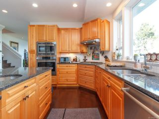 Photo 31: 583 Bay Bluff Pl in : ML Mill Bay House for sale (Malahat & Area)  : MLS®# 840583