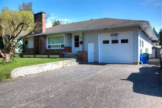 Photo 2: 46590 RIVERSIDE Drive in Chilliwack: Chilliwack N Yale-Well House for sale : MLS®# R2579269