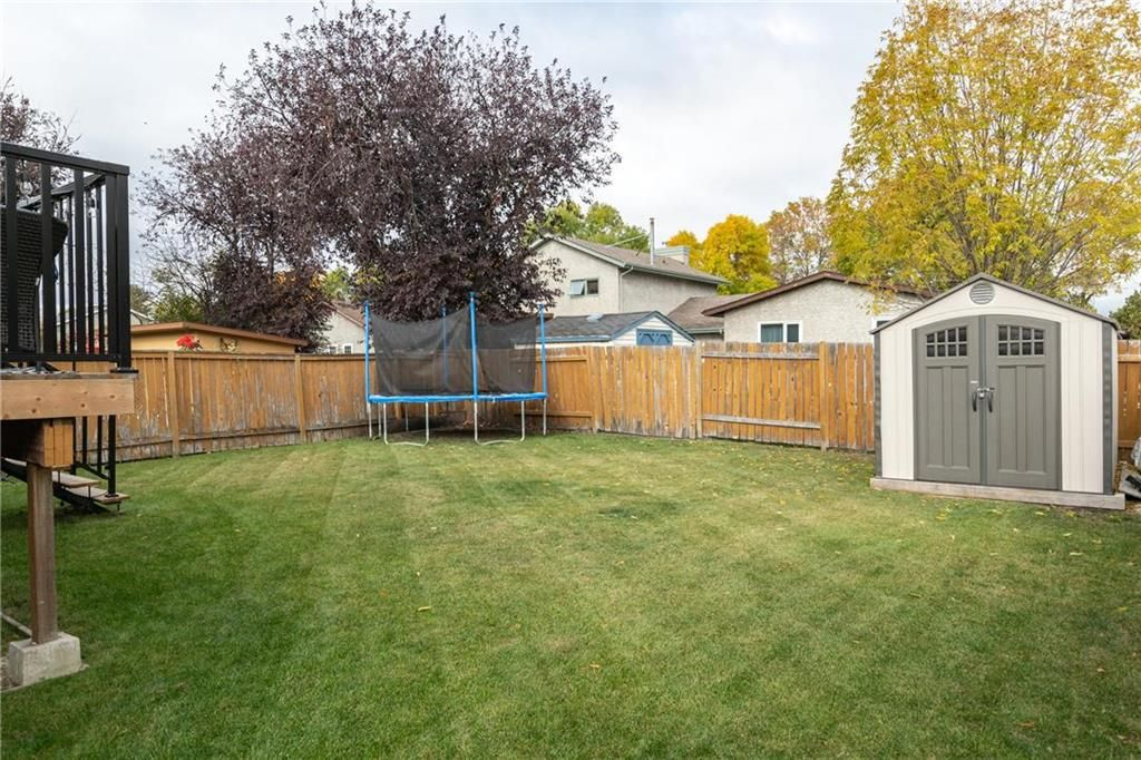 Photo 20: Photos: 206 Willowbend Crescent in Winnipeg: River Park South Residential for sale (2F)  : MLS®# 202024693