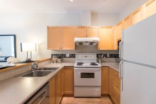 Photo 12: 215 1675 W 10TH AVENUE in Vancouver: Fairview VW Condo for sale (Vancouver West)  : MLS®# R2281835
