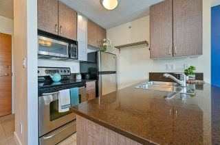 """Photo 5: 1308 909 MAINLAND Street in Vancouver: Yaletown Condo for sale in """"Yaletown Park 2"""" (Vancouver West)  : MLS®# R2590725"""