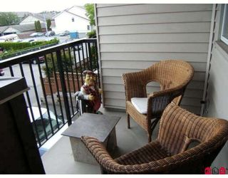 "Photo 9: 203 5465 203RD Street in Langley: Langley City Condo for sale in ""STATION 54"" : MLS®# F2919876"