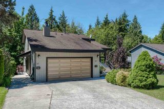 Photo 2: 27 ESCOLA Bay in Port Moody: Barber Street House for sale : MLS®# R2187496
