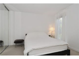 """Photo 8: # 203 1640 W 11TH AV in Vancouver: Fairview VW Condo for sale in """"HERITAGE HOUSE"""" (Vancouver West)  : MLS®# V908583"""