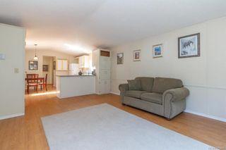 Photo 4: 202 2779 Stautw Rd in : CS Saanichton Manufactured Home for sale (Central Saanich)  : MLS®# 845460