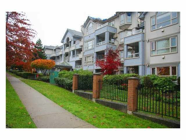 Main Photo: 107 7326 ANTRIM AVENUE in : Metrotown Condo for sale : MLS®# V862762