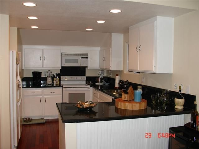 Photo 7: Photos: SOLANA BEACH Condo for sale : 3 bedrooms : 342 Shoemaker Court