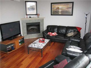 Photo 2: 81 DOVER Mews SE in CALGARY: West Dover Townhouse for sale (Calgary)  : MLS®# C3571218