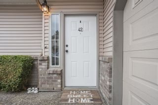 """Photo 3: 42 19060 FORD Road in Pitt Meadows: Central Meadows Townhouse for sale in """"REGENCY COURT"""" : MLS®# R2613518"""