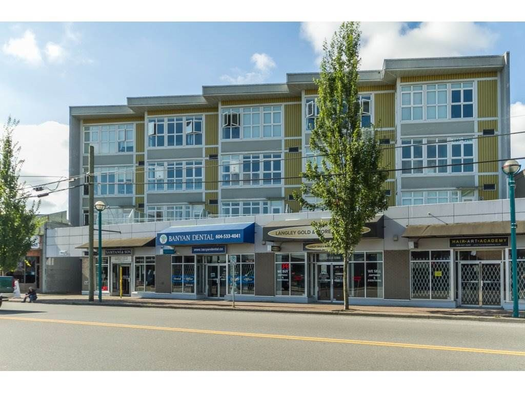 "Main Photo: 309 20238 FRASER Highway in Langley: Langley City Condo for sale in ""The Muse"" : MLS®# R2130213"