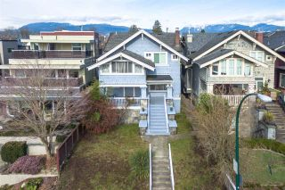 """Photo 3: 1935 WHYTE Avenue in Vancouver: Kitsilano House for sale in """"Kits Point"""" (Vancouver West)  : MLS®# R2544125"""