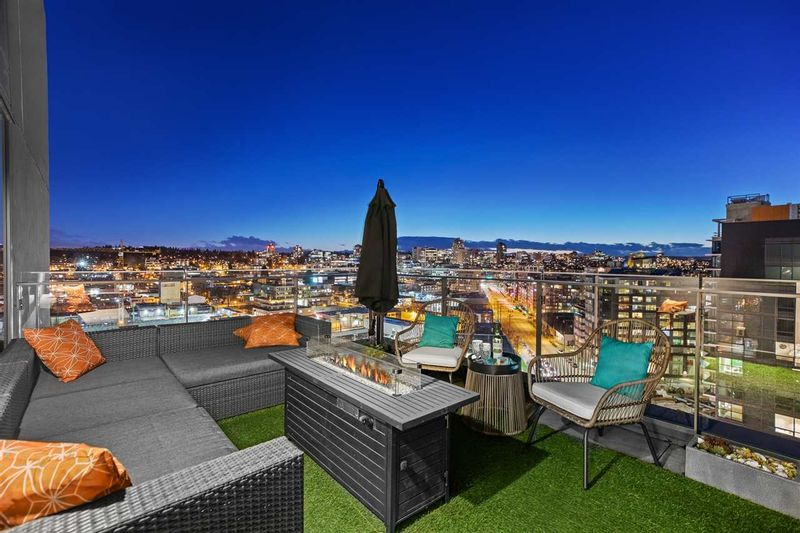FEATURED LISTING: 1702 - 159 2ND Avenue West Vancouver