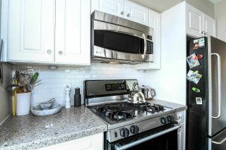 """Photo 7: 710 428 W 8TH Avenue in Vancouver: Mount Pleasant VW Condo for sale in """"XL LOFTS"""" (Vancouver West)  : MLS®# R2088078"""