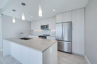 Photo 9: 3200 10180 103 Street in Edmonton: Zone 12 Condo for sale : MLS®# E4233945