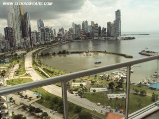 Photo 18: Luxurious furnished Apartment in Panama's exclusive Yacht Club Tower