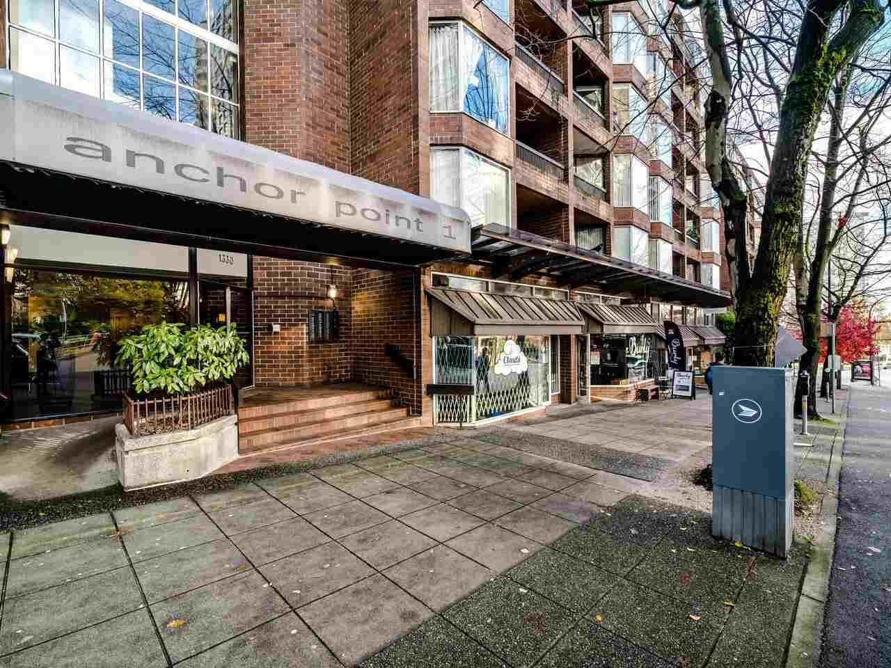 Main Photo: 720 1330 BURRARD Street in Vancouver: Downtown VW Condo for sale (Vancouver West)  : MLS®# R2519046