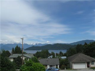 Photo 1: 413 S FLETCHER Road in Gibsons: Gibsons & Area House for sale (Sunshine Coast)  : MLS®# V888754