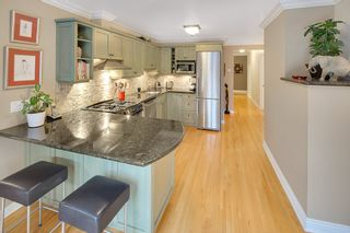 Photo 4: 606 W 23RD Street in North Vancouver: Hamilton House for sale : MLS®# R2138339