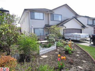 Photo 1: 8442 CADE BARR ST in Mission: Mission BC House for sale : MLS®# F1112041