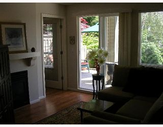 """Photo 9: 110 1150 E 29TH Street in North_Vancouver: Lynn Valley Condo for sale in """"HIGHGATE"""" (North Vancouver)  : MLS®# V651144"""