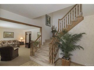 Photo 3: 209 TERRANCE Place in WINNIPEG: Birdshill Area Residential for sale (North East Winnipeg)  : MLS®# 1507760