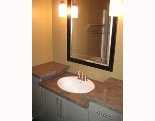 Photo 10: 2499 MCTAVISH RD in Prince_George: N79PGHE House for sale (N79)  : MLS®# N180423