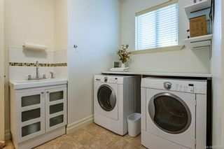 Photo 29: 2043 Evans Pl in Courtenay: CV Courtenay East House for sale (Comox Valley)  : MLS®# 882555